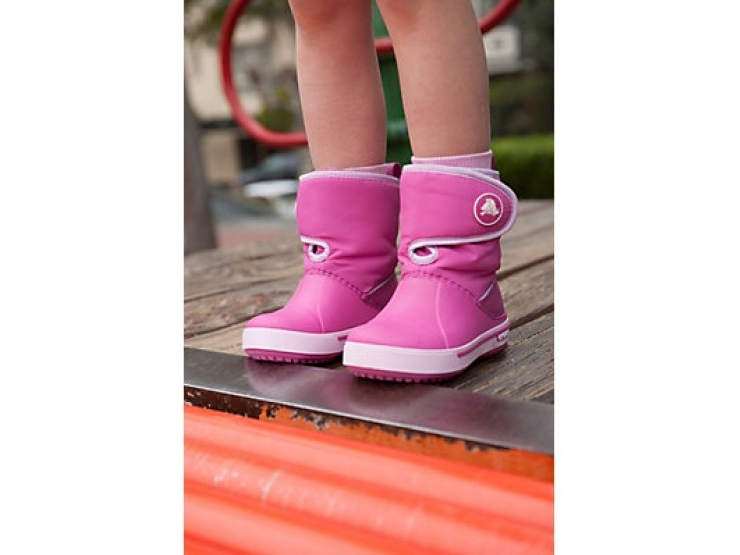 Crocs™ Kids' Crocband II.5 Gust Boot Tume sinine/Punane